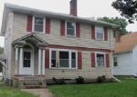 Foreclosed Home in Davenport 52803 WESTERN AVE - Property ID: 4050816396