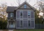 Foreclosed Home in Davenport 52803 TREMONT AVE - Property ID: 4050821210