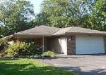 Foreclosed Home in Grosse Ile 48138 HORSEMILL RD - Property ID: 4050946924