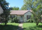 Foreclosed Home in Wayne 48184 BARRY ST - Property ID: 4050959169
