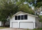 Foreclosed Home in Mount Olive 62069 COLFAX ST - Property ID: 4051482562