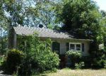 Foreclosed Home in Mastic 11950 CLINTON AVE - Property ID: 4051788707