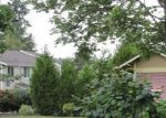 Foreclosed Home in Seattle 98198 12TH PL S - Property ID: 4052679542