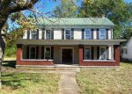Foreclosed Home in Elizabethtown 42701 SAINT CLARE ST - Property ID: 4053082475