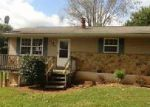 Foreclosed Home in Bedford 47421 LEATHERWOOD CIR - Property ID: 4053101300