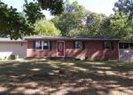 Foreclosed Home in Morristown 37814 RAMBLING RD - Property ID: 4053865573