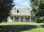 Foreclosed Home in Dickson 37055 W GRAB CREEK RD - Property ID: 4054491881