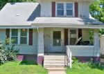Foreclosed Home in Moberly 65270 WOODLAND AVE - Property ID: 4054900507