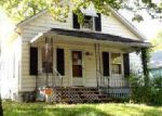 Foreclosed Home in Topeka 66605 SE MORRISON ST - Property ID: 4055098469