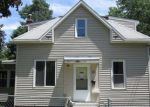 Foreclosed Home in Waterloo 50701 WELLINGTON ST - Property ID: 4055105472