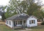 Foreclosed Home in Hartselle 35640 IRON MAN RD - Property ID: 4055953395