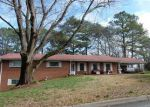 Foreclosed Home in Cartersville 30120 GREENBRIAR AVE - Property ID: 4056026988