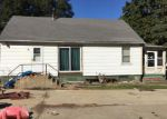 Foreclosed Home in Wenona 61377 S LOCUST ST - Property ID: 4056638383