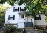 Foreclosed Home in Meriden 06450 ARTIZAN ST - Property ID: 4056812708