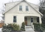 Foreclosed Home in Waterbury 06708 QUINSIGAMOND AVE - Property ID: 4056843806