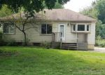 Foreclosed Home in Livonia 48150 ORANGELAWN ST - Property ID: 4057311102