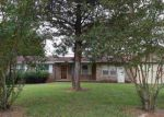 Foreclosed Home in Henderson 27536 ALPHA RD - Property ID: 4057848509