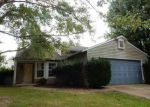 Foreclosed Home in Bloomington 47403 W WOODMERE WAY - Property ID: 4058282990