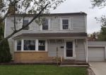 Foreclosed Home in Chicago Heights 60411 MEADOW LN - Property ID: 4059002572