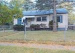 Foreclosed Home in Flint 48504 CLOVERLAWN DR - Property ID: 4059110760