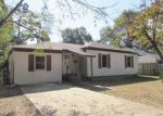 Foreclosed Home in Texarkana 75501 MACARTHUR AVE - Property ID: 4059393686