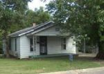 Foreclosed Home in Jackson 38301 RHEA ST - Property ID: 4059595139