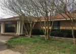 Foreclosed Home in Bastrop 71220 GREENWOOD RD - Property ID: 4059893856