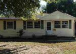 Foreclosed Home in Evansville 47714 GRAHAM AVE - Property ID: 4061055352