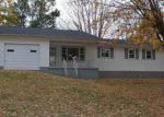 Foreclosed Home in Glasgow 42141 A MCKINNEY RD - Property ID: 4061075949