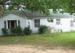 Foreclosed Home in Batesville 72501 ALLEN CHAPEL RD - Property ID: 4061157848