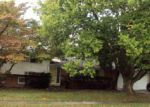 Foreclosed Home in Urbana 61801 E MCHENRY ST - Property ID: 4061185428