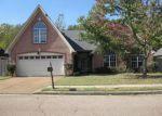 Foreclosed Home in Cordova 38016 FARKLEBERRY DR - Property ID: 4061420630