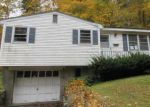 Foreclosed Home in Waterbury 06706 HAMILTON AVE - Property ID: 4061780190