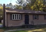 Foreclosed Home in Chester 23836 N ENON CHURCH RD - Property ID: 4062076265