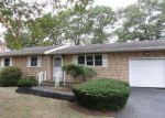 Foreclosed Home in Shirley 11967 MAPLEWOOD DR - Property ID: 4062647837