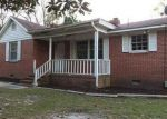 Foreclosed Home in Spring Lake 28390 MIMOSA DR - Property ID: 4062673221