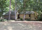 Foreclosed Home in Stone Mountain 30088 LOST CREEK CIR - Property ID: 4062896151