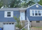 Foreclosed Home in Hartford 06106 ROSLYN ST - Property ID: 4064090513