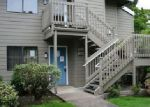 Foreclosed Home in Eugene 97401 LAKE ISLE DR - Property ID: 4064676973