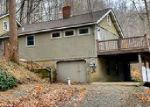 Foreclosed Home in Glen Gardner 8826 BUFFALO HOLLOW RD - Property ID: 4066112194
