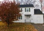 Foreclosed Home in West Hartford 06110 SOMERSET ST - Property ID: 4066406520