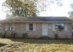 Foreclosed Home in Evansville 47714 S SAINT JAMES BLVD - Property ID: 4066535282