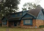 Foreclosed Home in Beaumont 77707 FOREST PARK DR - Property ID: 4067003479