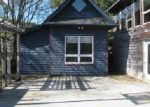 Foreclosed Home in Roanoke 24018 ROSELAWN RD - Property ID: 4067459856