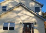 Foreclosed Home in Merrick 11566 STERLING AVE - Property ID: 4069123266