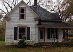 Foreclosed Home in Greenville 62246 VINE ST - Property ID: 4069160498