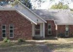 Foreclosed Home in Horn Lake 38637 RIDGETOP DR - Property ID: 4069382105