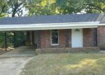 Foreclosed Home in Memphis 38127 THE ELMS AVE - Property ID: 4069598925