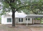 Foreclosed Home in Haltom City 76117 HIGHLAND AVE - Property ID: 4069606802
