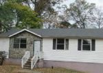Foreclosed Home in Clarksville 37043 GIBSON DR - Property ID: 4069797764